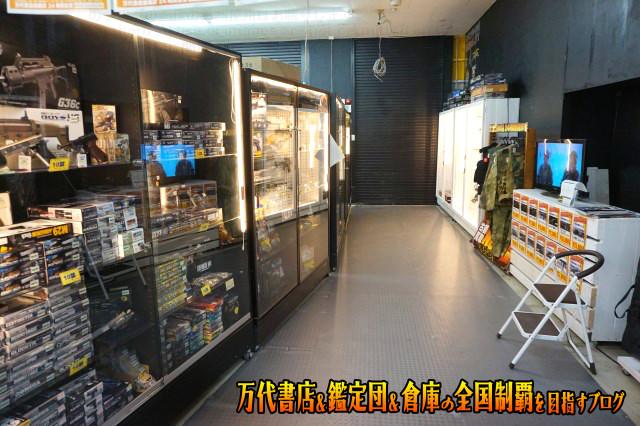 万代書店鈴鹿店201706-072