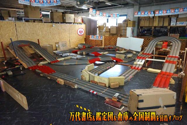 万代書店鈴鹿店201706-100